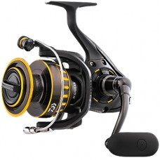 Daiwa BG 3000 Spinning Reel with J-Braid 4x Line - BG3000-LN